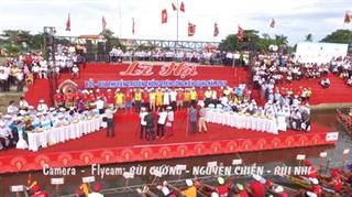 Lễ hội bơi, đua thuyền truyền thống trên sông Kiến Giang huyện Lệ Thủy năm 2016